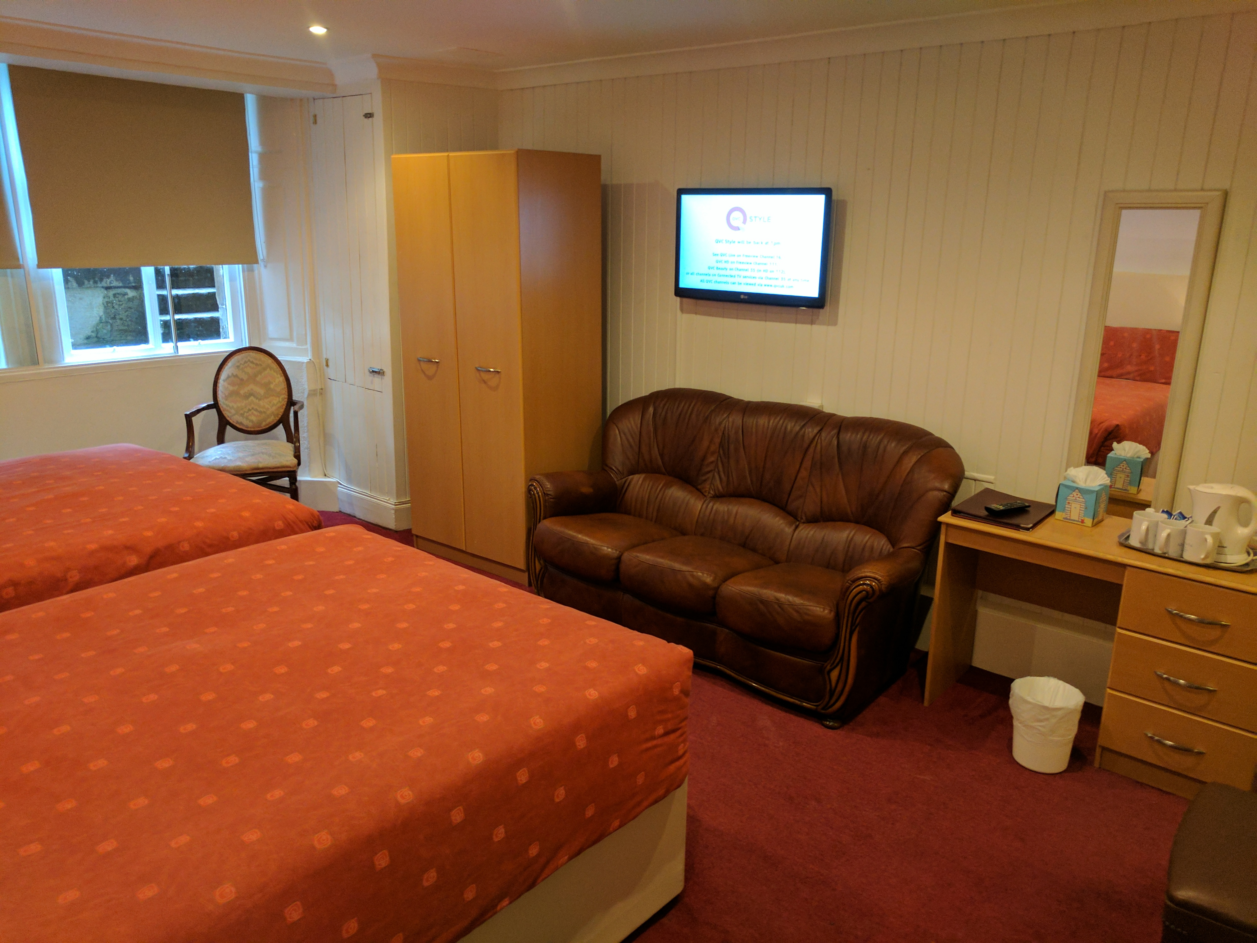 family-ensuite-4-new-beds-2